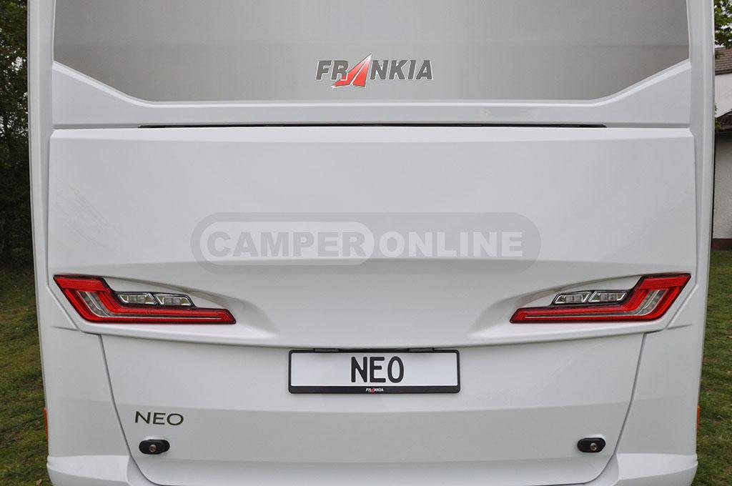 neo-09