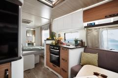 Eriba_Nova_590_interior_view_kueche_c_Hymer_GmbH_und_CoKG