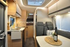 globebus1-04