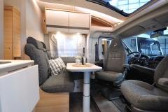globebus1-05