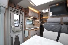 van640-09