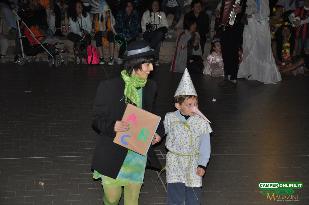 CamperOnFest-2013-maschere-069
