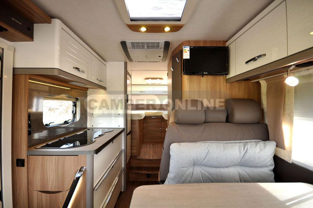 Buerstner-Aviano-i690G-035