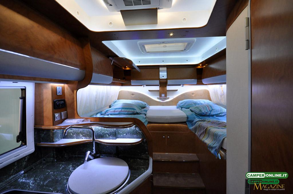 Caravan-Salon-2103-Silverdream-005