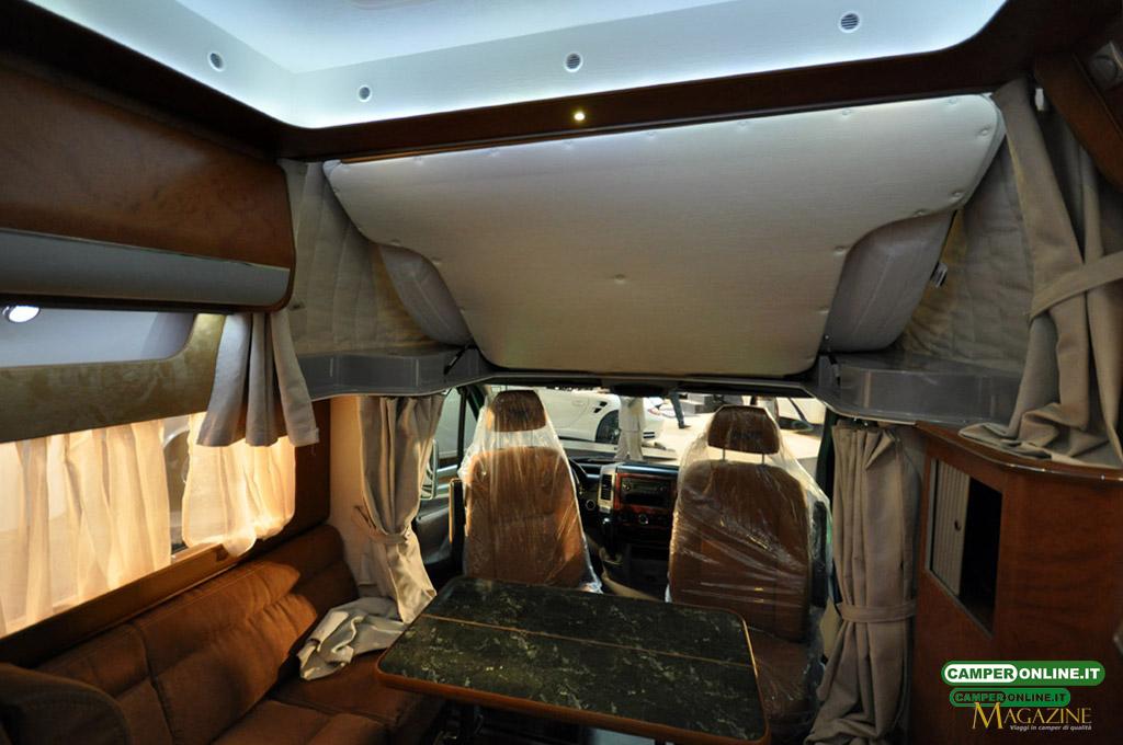 Caravan-Salon-2103-Silverdream-007