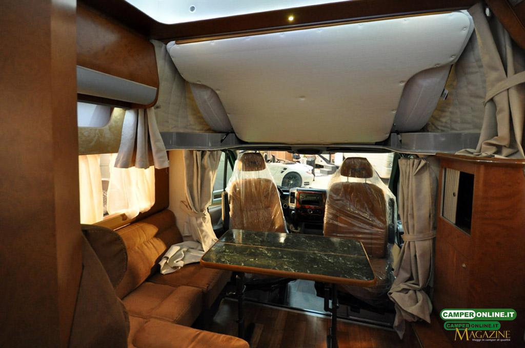 Caravan-Salon-2103-Silverdream-009