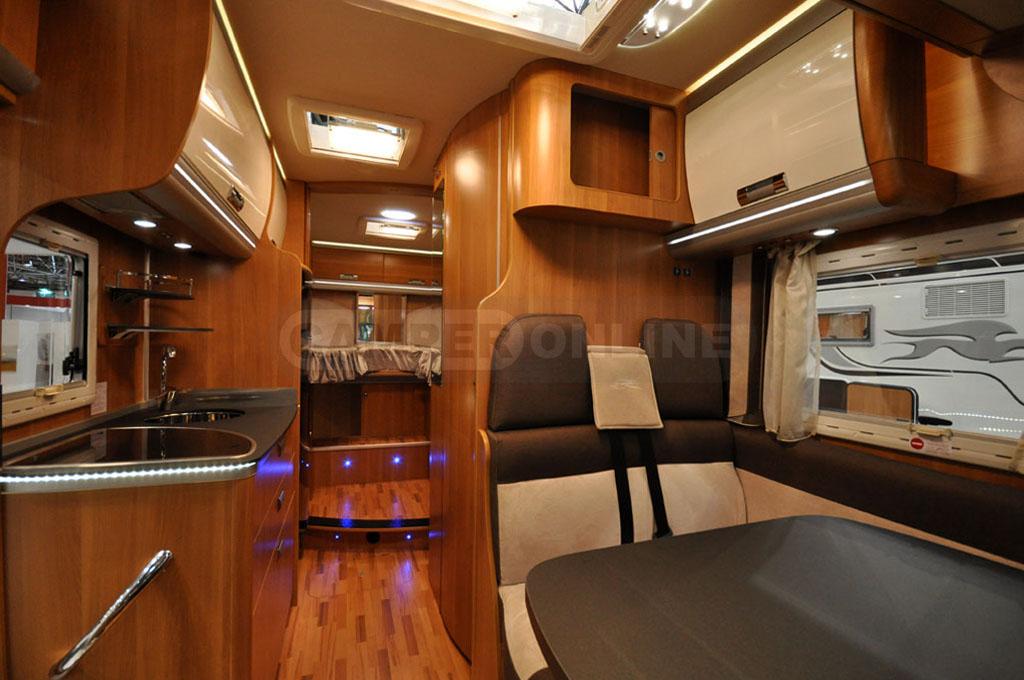 Caravan-Salon-2014-Laika-009