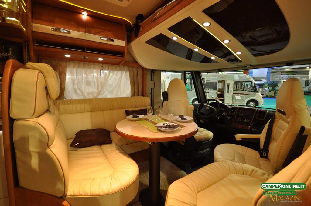 Salon-VDL-2013-Autostar-004