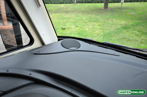 Dethleffs-Globebus-I008-045