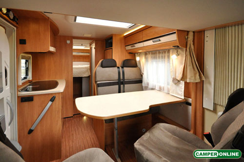 Dethleffs-Globebus-I008-060