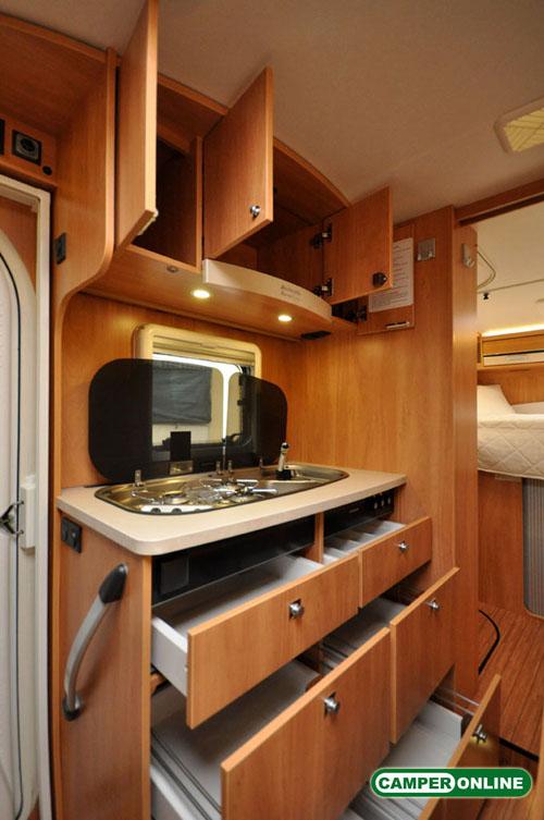 Dethleffs-Globebus-I008-077