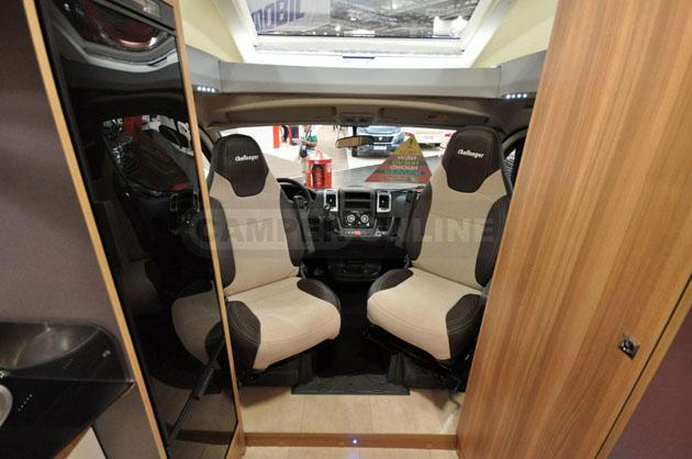 Caravan-Salon-2014-Challenger-002