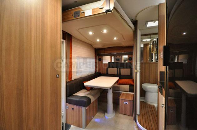 Caravan-Salon-2014-Challenger-003