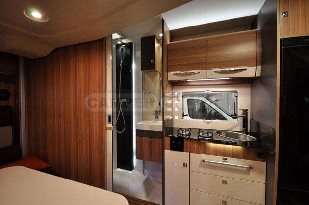 Caravan-Salon-2014-Challenger-006
