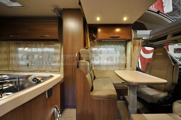Caravan-Salon-2014-Challenger-009