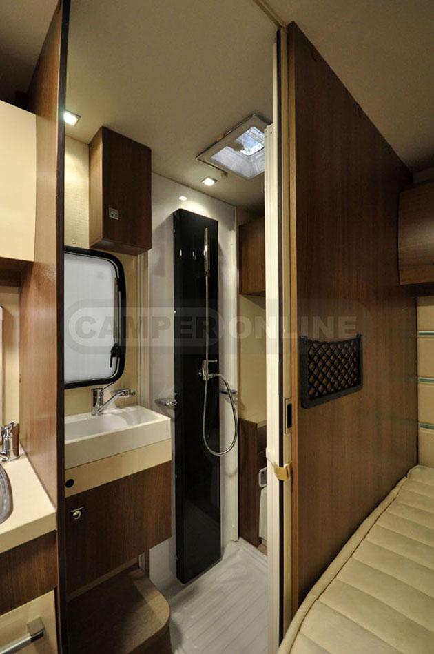 Caravan-Salon-2014-Challenger-014