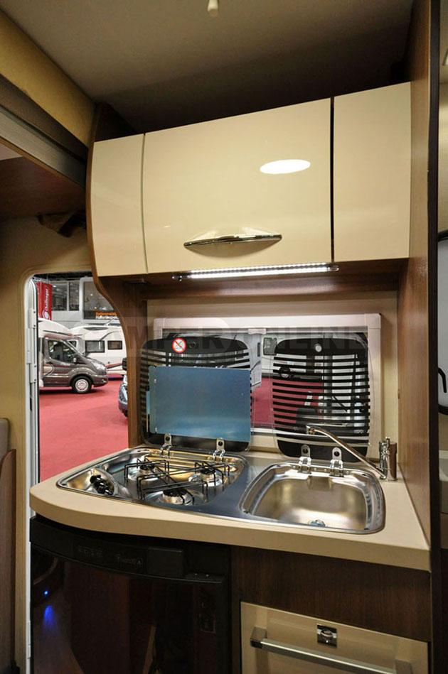 Caravan-Salon-2014-Challenger-015