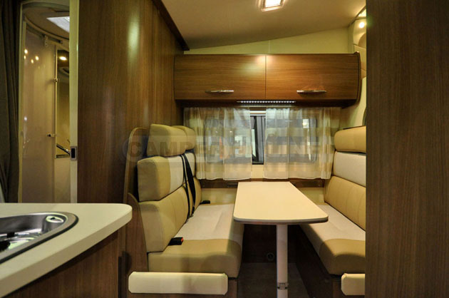 Caravan-Salon-2014-Challenger-019