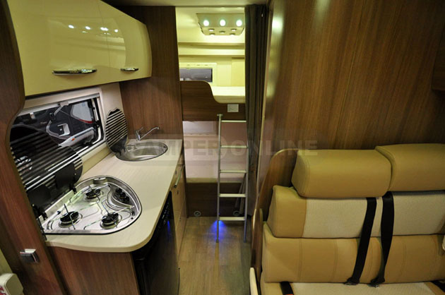 Caravan-Salon-2014-Challenger-022