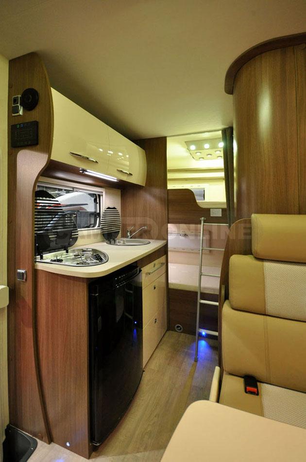 Caravan-Salon-2014-Challenger-023