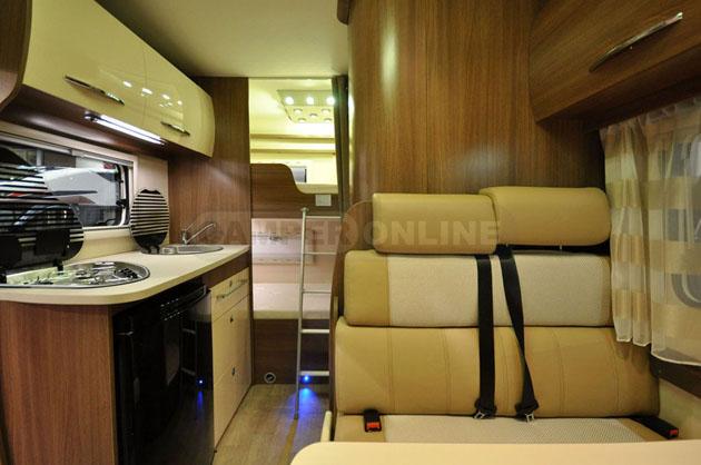 Caravan-Salon-2014-Challenger-024