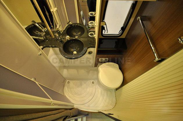 Caravan-Salon-2014-Challenger-025