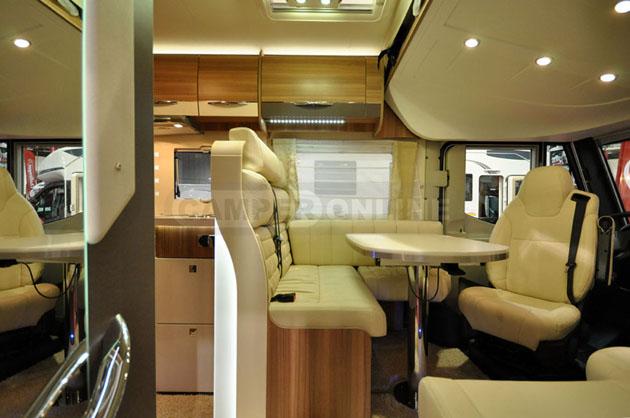 Caravan-Salon-2014-Challenger-027