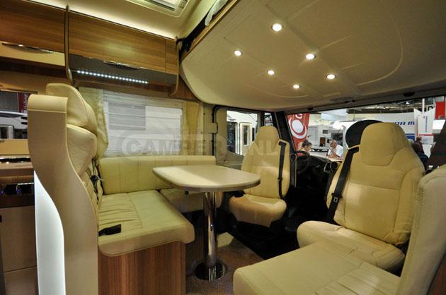 Caravan-Salon-2014-Challenger-028