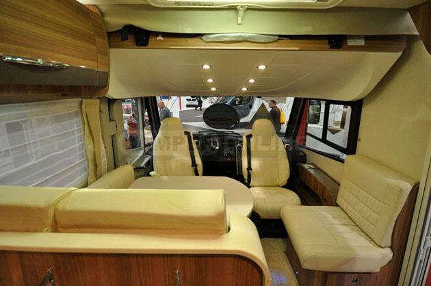 Caravan-Salon-2014-Challenger-029