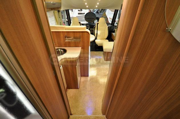 Caravan-Salon-2014-Challenger-036