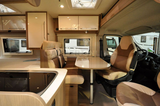 Caravan-Salon-2014-Dreamer-003
