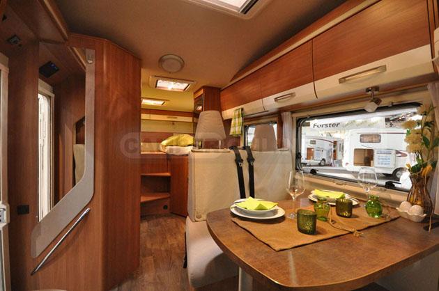 Caravan-Salon-2014-EuraMobil-007