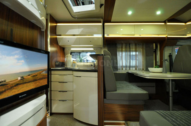 Caravan-Salon-2014-Hobby-025