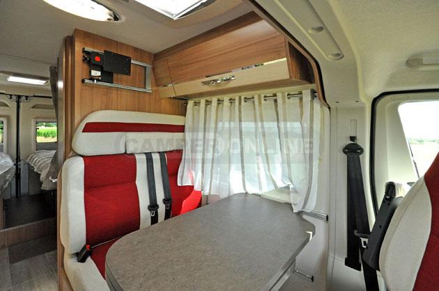Pilote-Foxy-Van-630-026