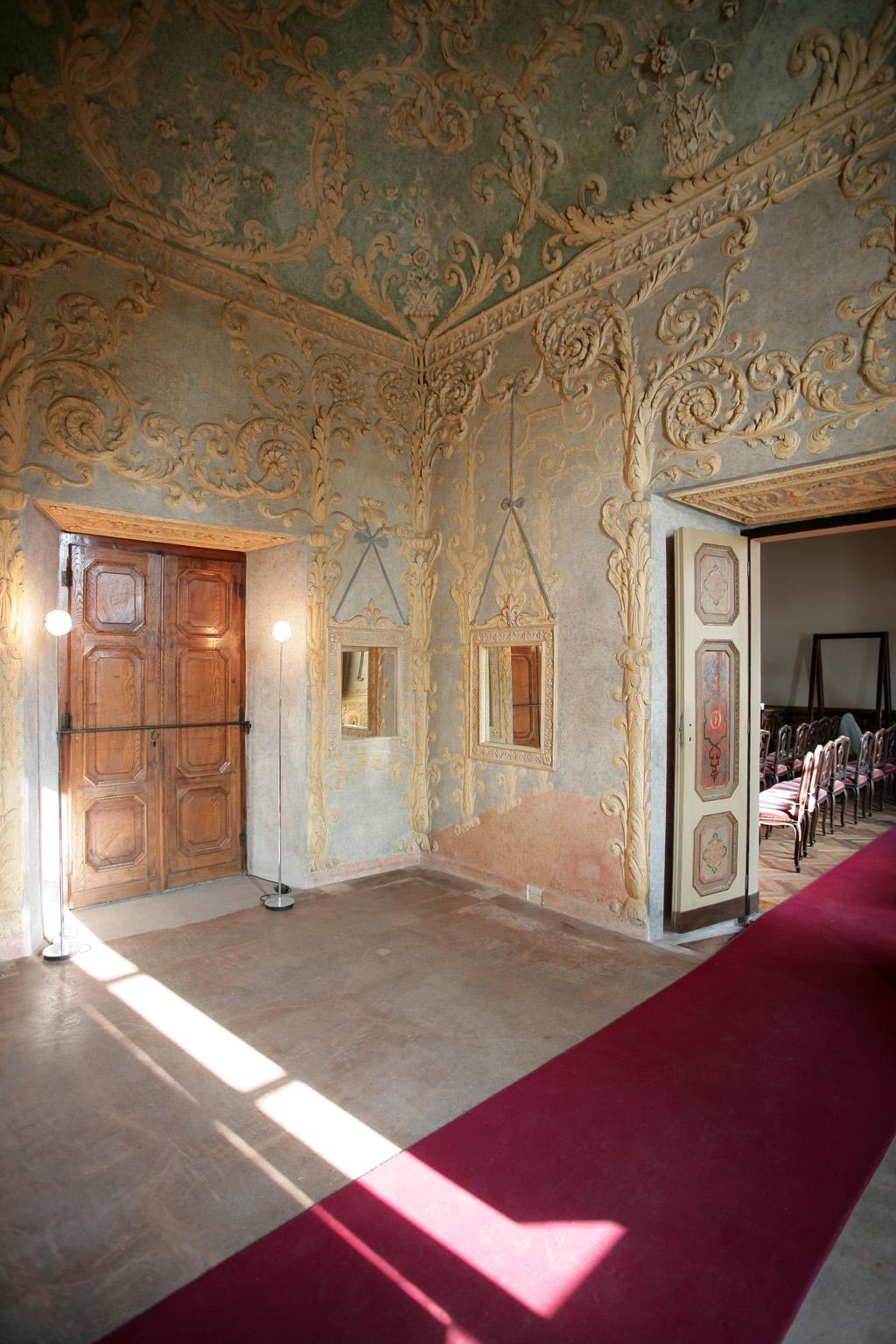 Castello-del-Valentino-003