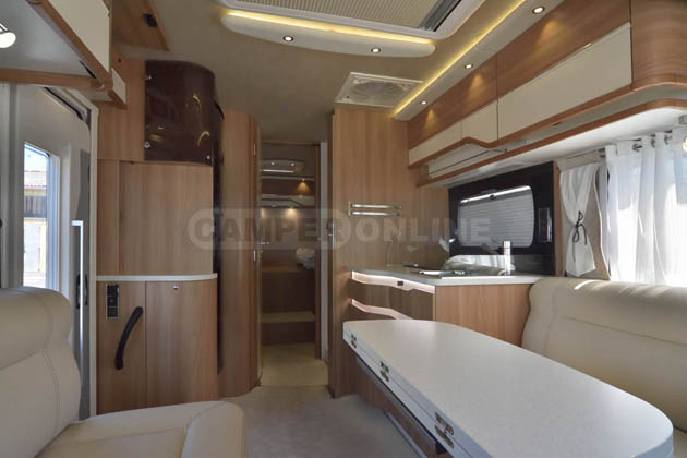Pilote_PremiumClass_LV7.8GJF_05